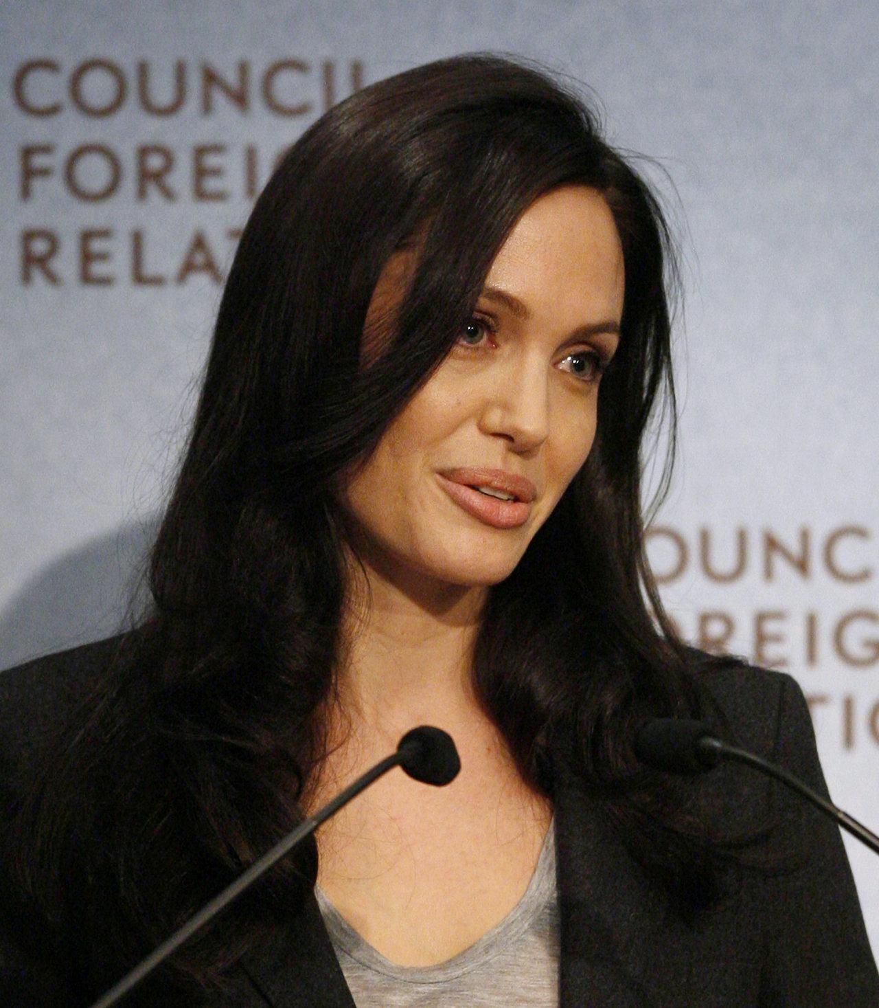 Angelina Jolie leaked wallpapers