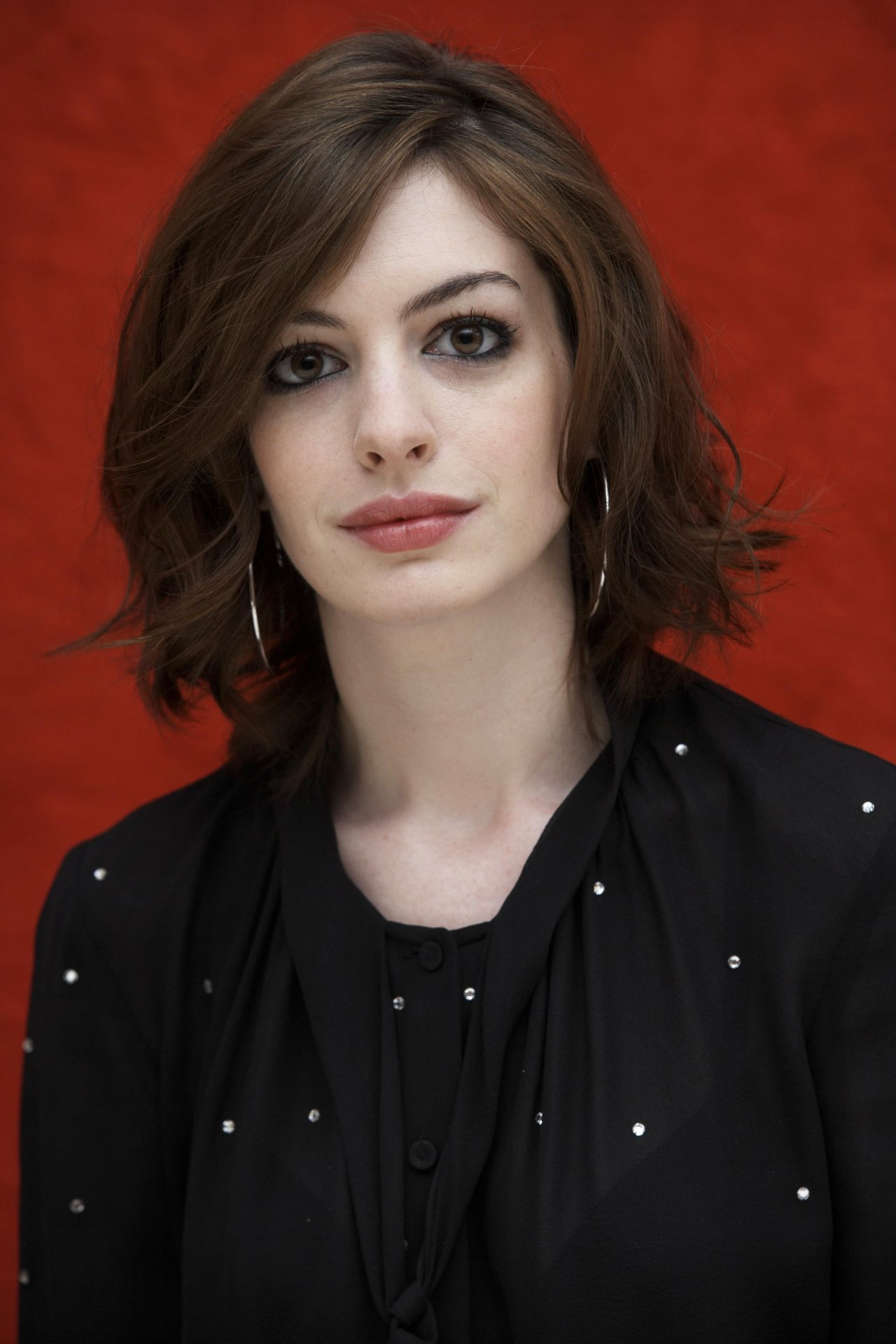 Anne Hathaway leaked wallpapers