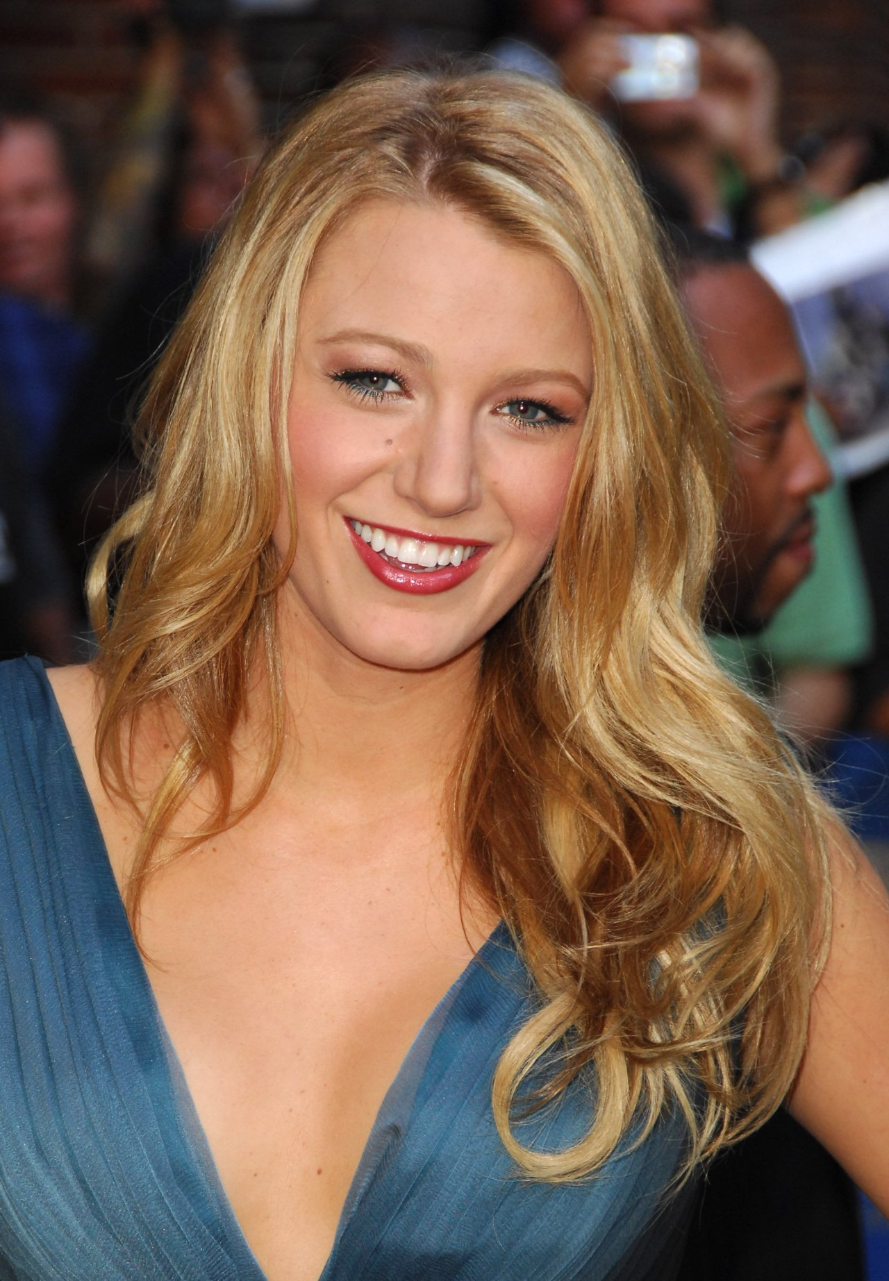 Blake Lively leaked wallpapers