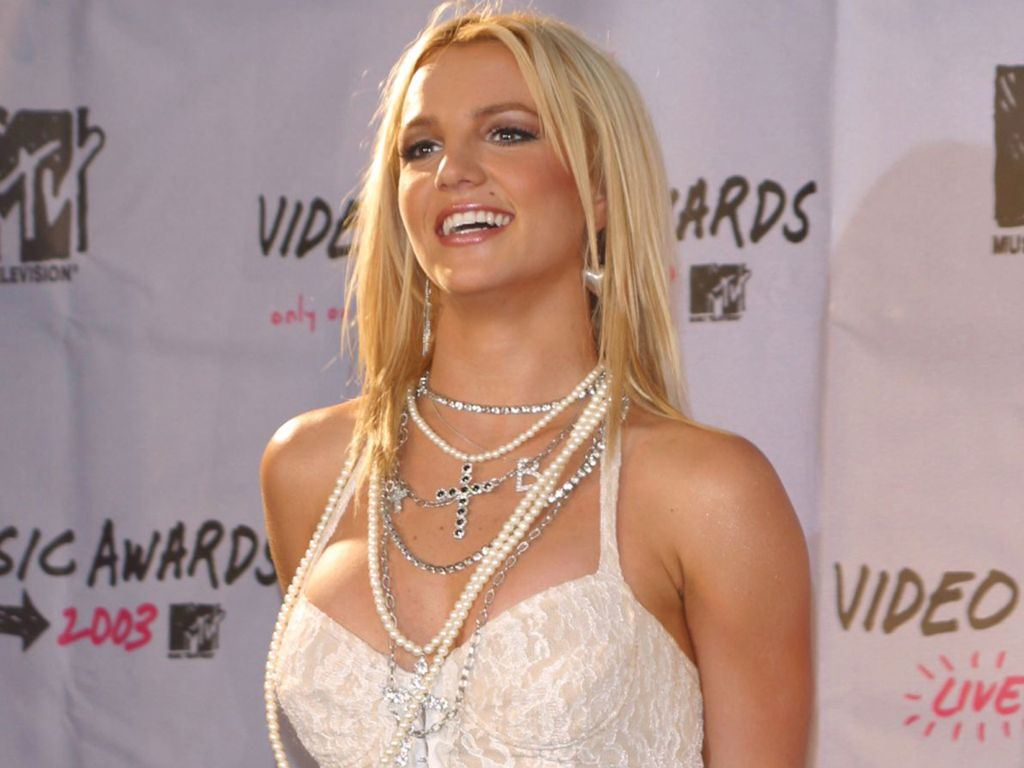 Britney Spears leaked wallpapers