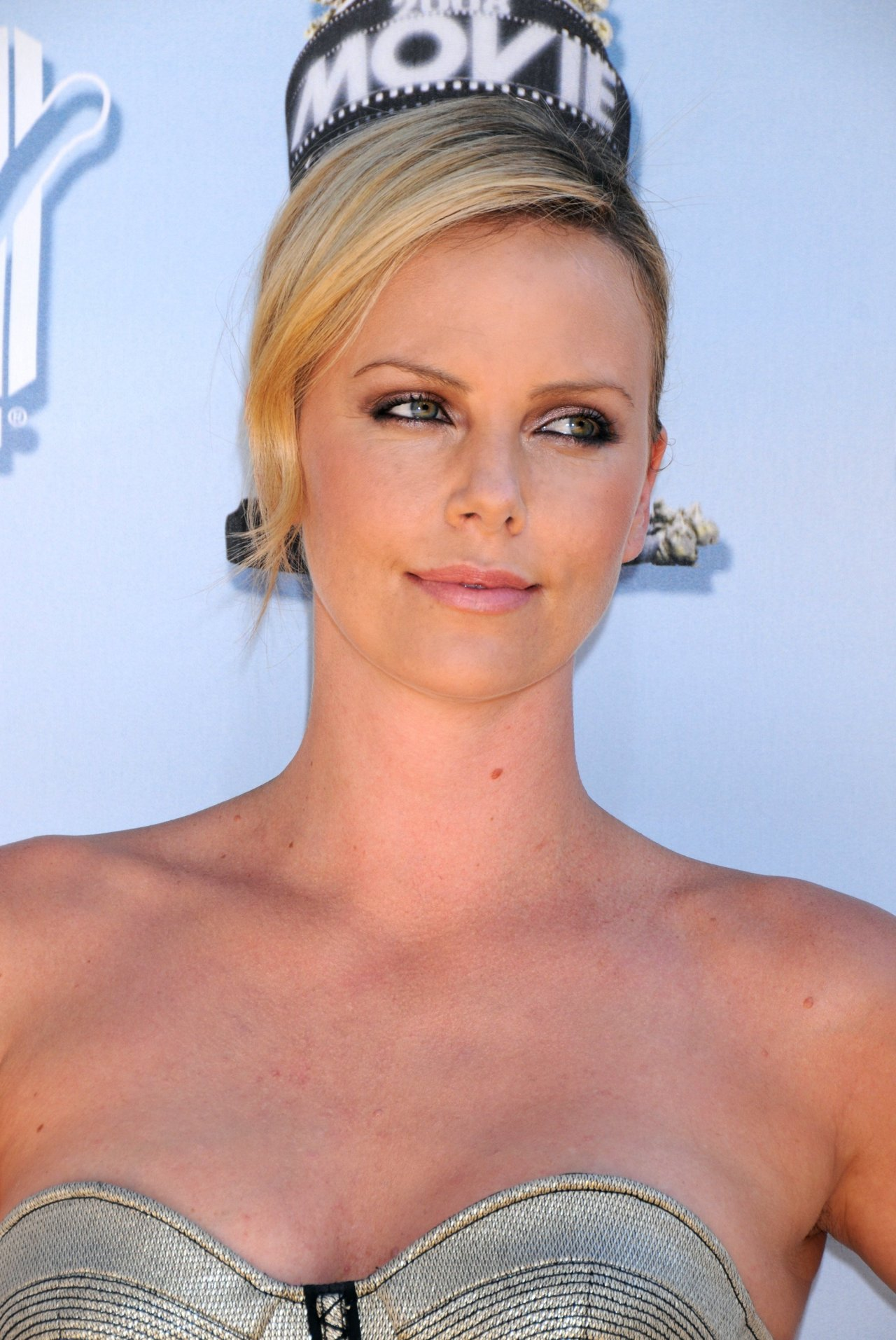 Charlize Theron leaked wallpapers
