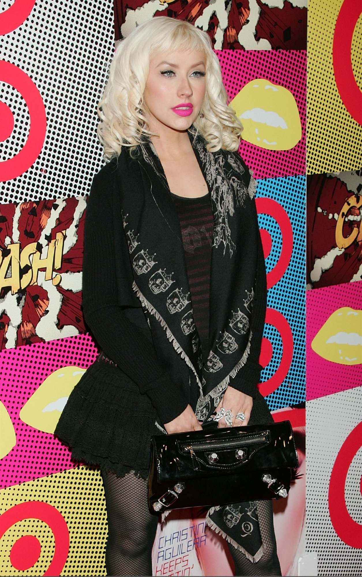 Christina Aguilera leaked wallpapers