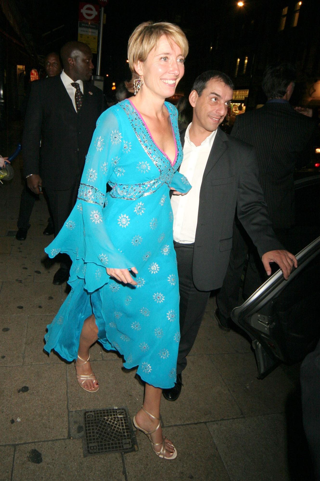 Celebrity Oops Moments, Upskirts, Wardrobe Malfunctions