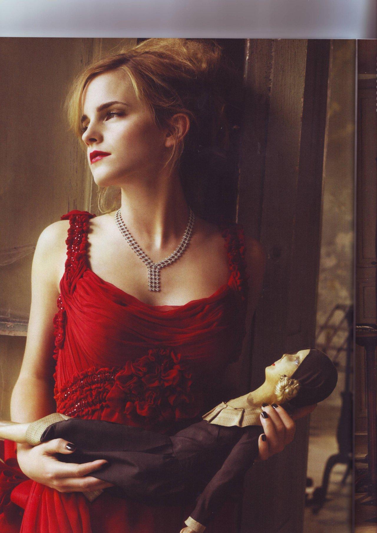 Emma Watson leaked wallpapers