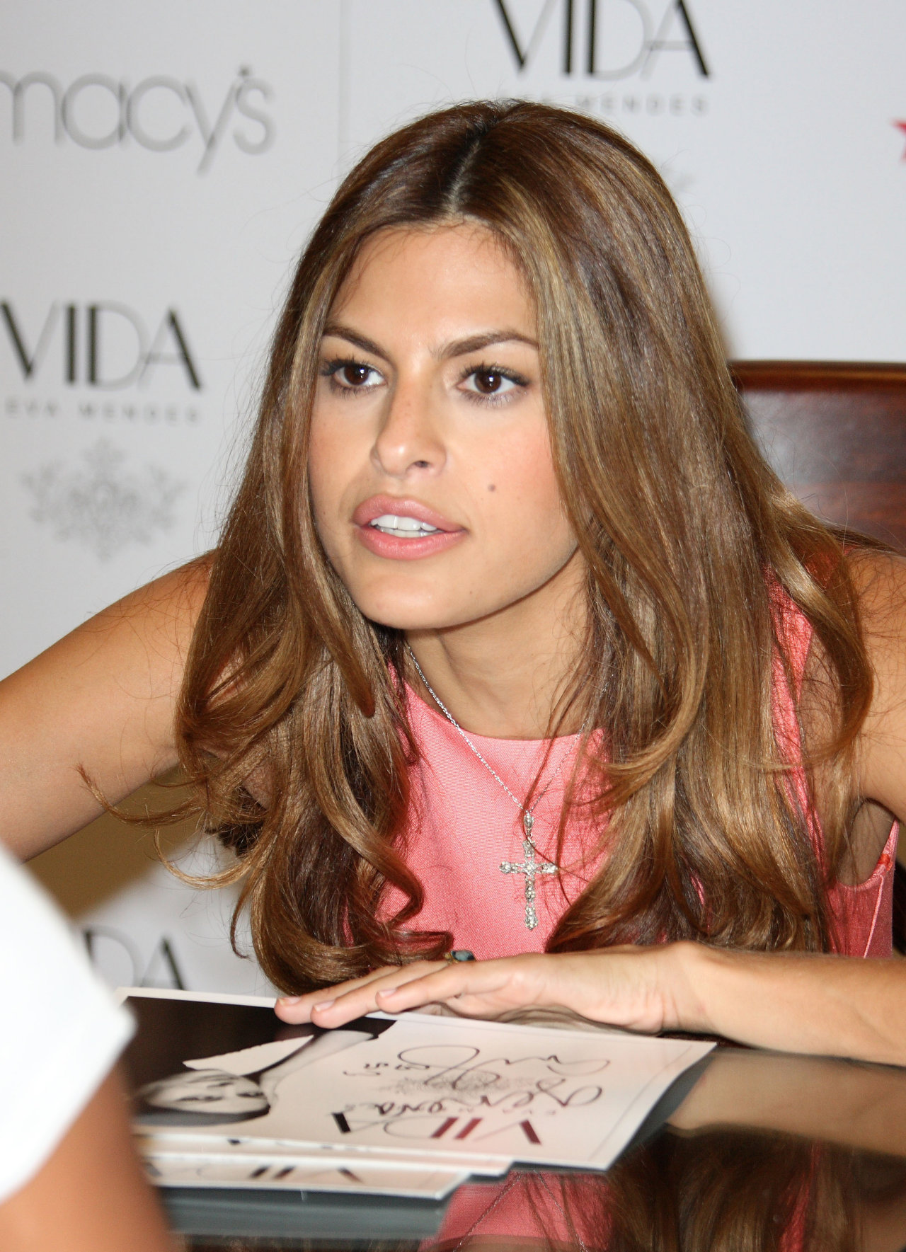 Eva Mendes leaked wallpapers