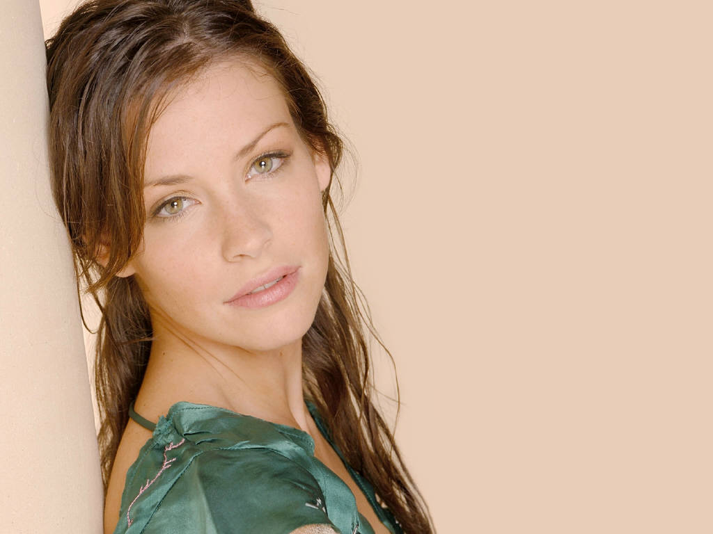 Evangeline Lilly leaked wallpapers
