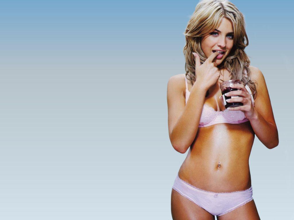 Paparazzi Leaked Gloria Reuben  nude (24 pics), YouTube, in bikini