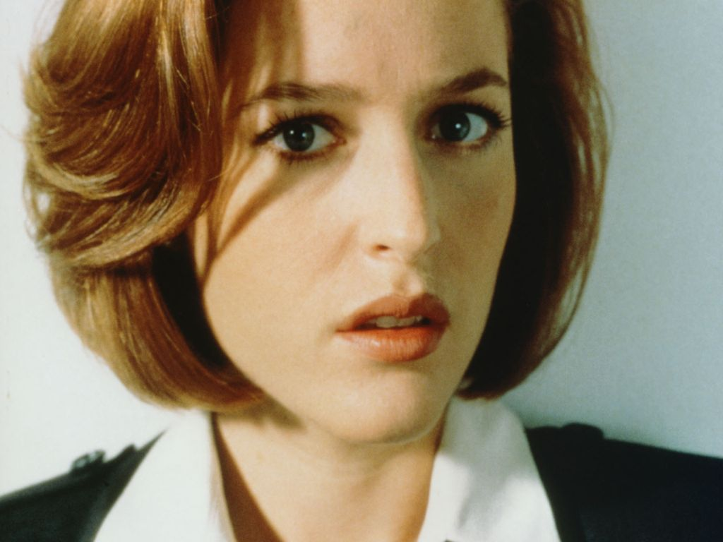 Gillian Anderson leaked wallpapers