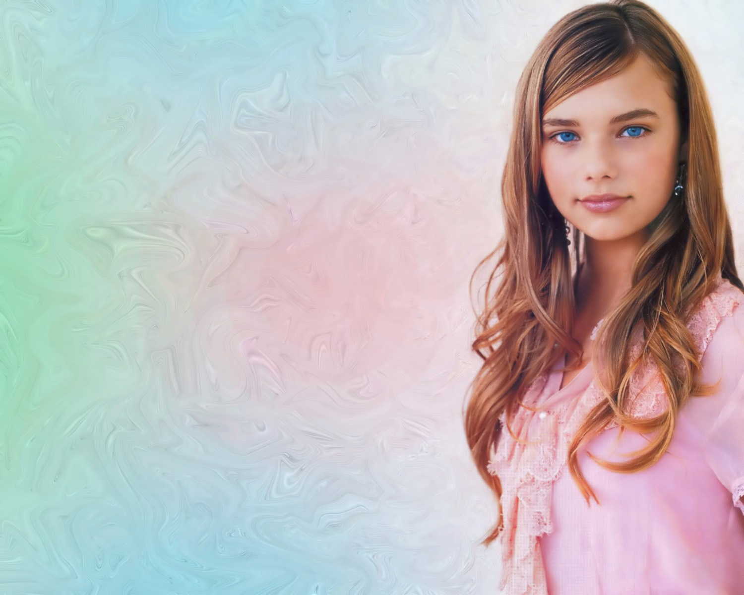 Indiana Evans leaked wallpapers