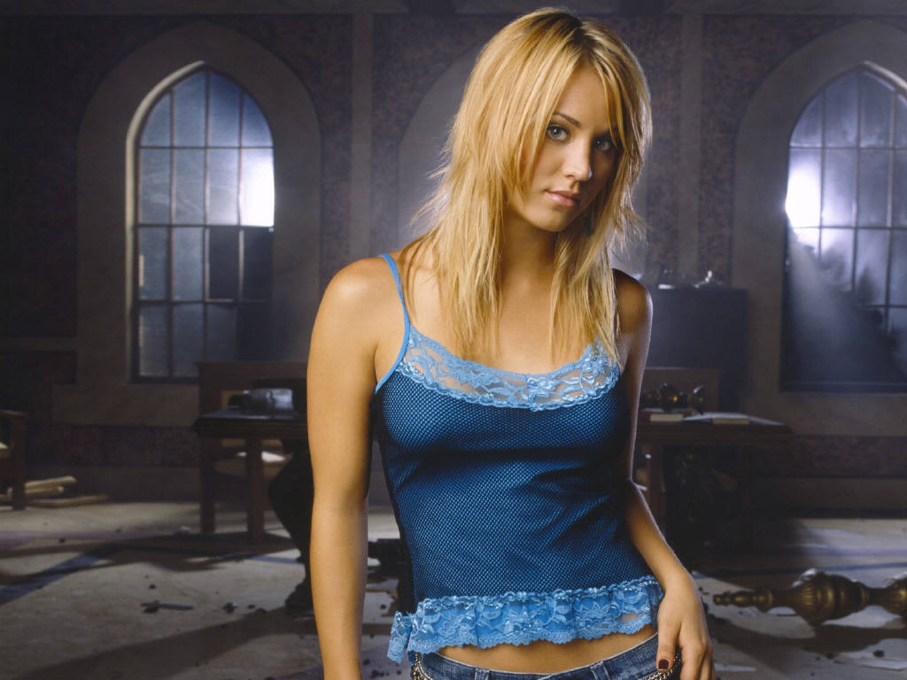 Kaley Cuoco leaked wallpapers
