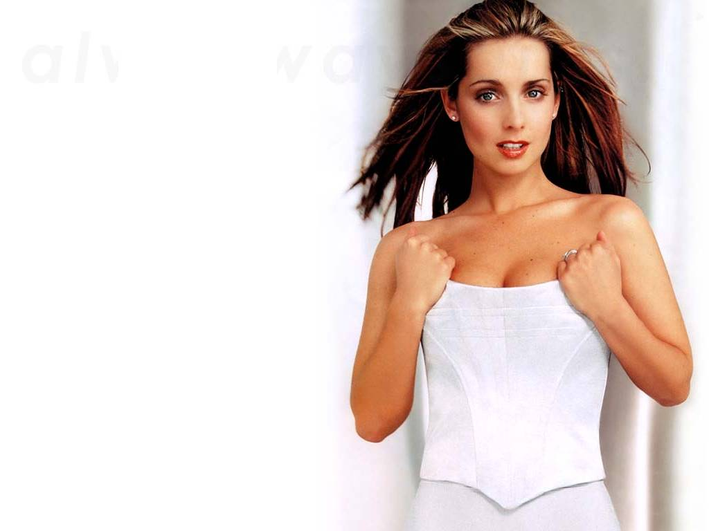 Louise Redknapp leaked wallpapers