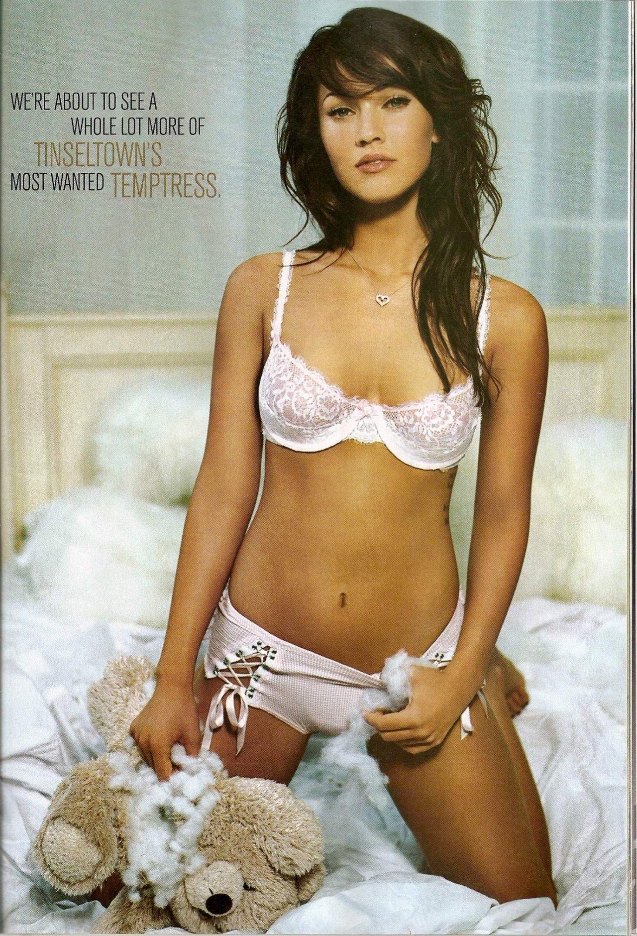 Megan Fox leaked wallpapers