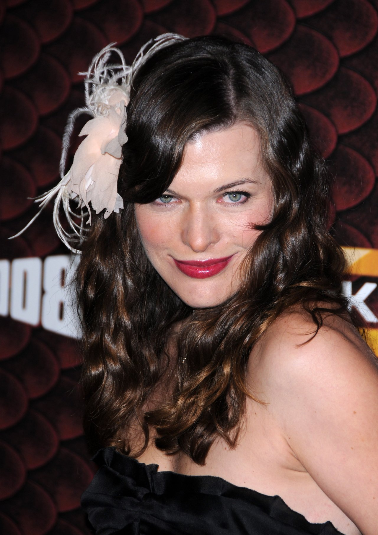 Milla Jovovich leaked wallpapers