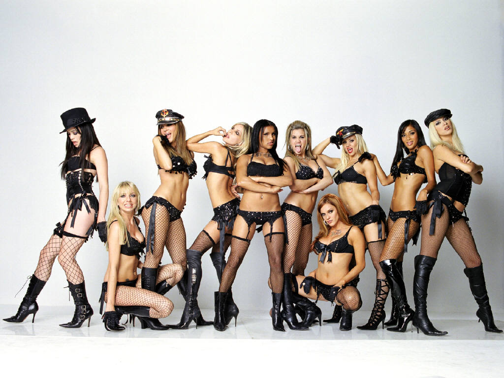 Группы голых девушек фото