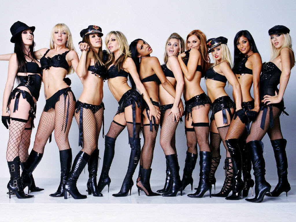Группы голых женщин фото