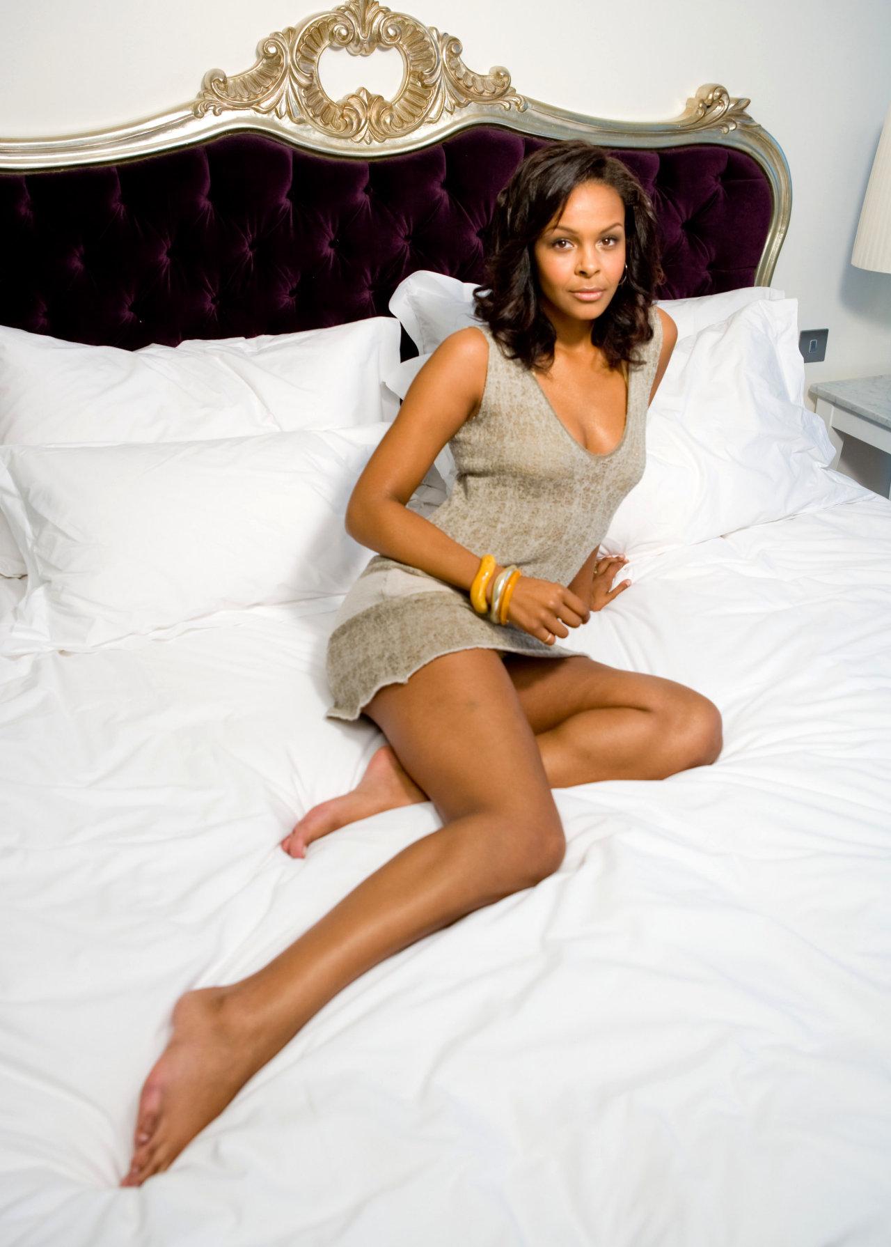 Samantha Mumba leaked wallpapers